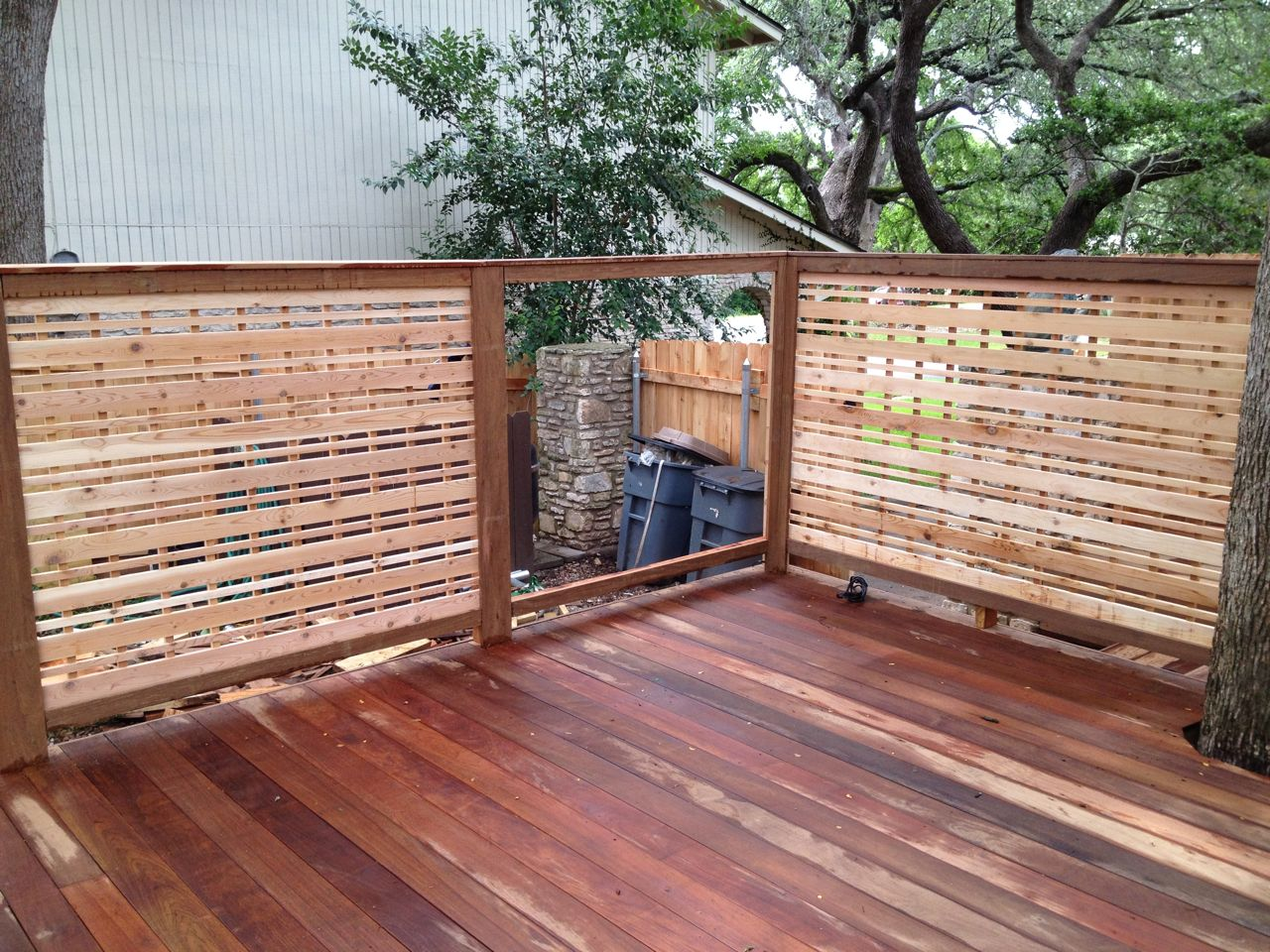 Deck Screen